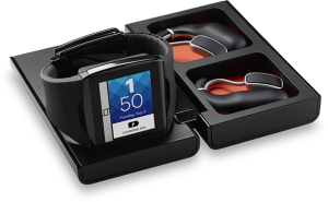 Qualcomm představil konkurenta pro Samsung Galaxy Gear – chytré hodinky  Qualcomm_toq_black_headset-300x185