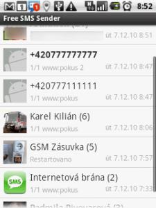 Výchozí obrazovka Free SMS Senderu zobrazuje konverzace