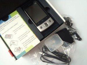 Krabička a obsah balení Huawei U8100