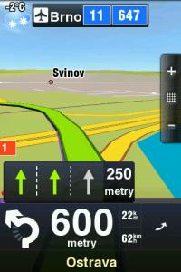 Směrová tabule, informace o počasí a asistent jízdy v pruzích