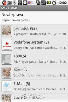 SMS a MMS jsou sdružovány do konverzací