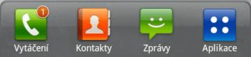 Dolní lišta je o ikonu chudší, zobrazuje ale počet zmeškaných hovorů a přijatých zpráv