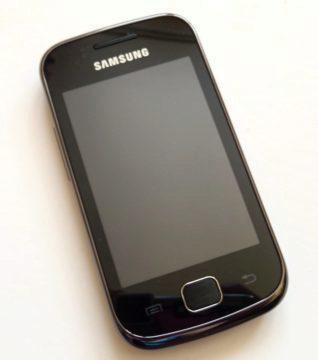 Samsung Galaxy Gio-čelní strana