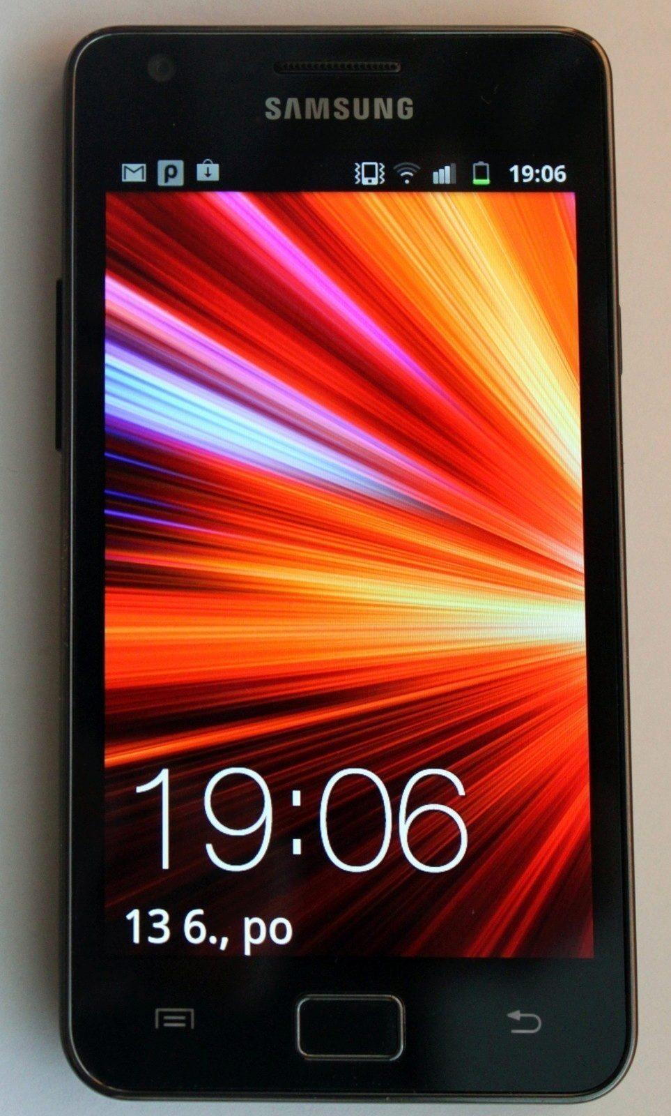 Samsung Galaxy S II – pohled ze předu