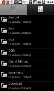 Správce souborů dovoluje přístup na interní SD a paměťovou kartu