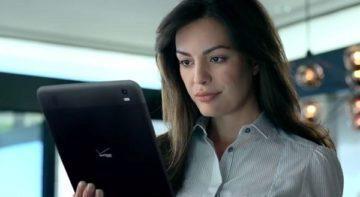 Tablet z reklamy Verizonu