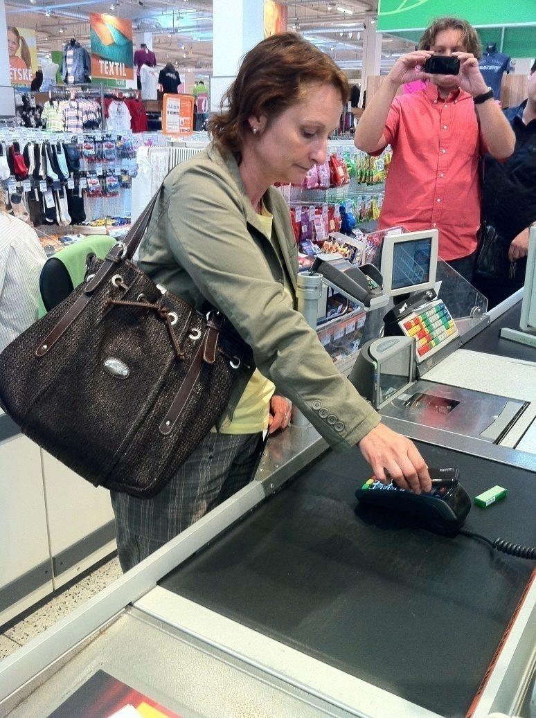 Bezkontaktní mobilní platby