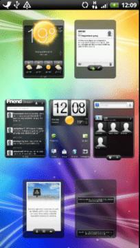 Ve výchozím nastavení je připraveno sedm ploch a všechny jsou zaplněné ikonami a widgety