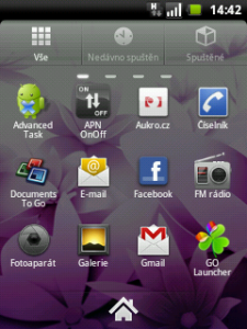 Ukázka rozhraní GO Launcheru - menu