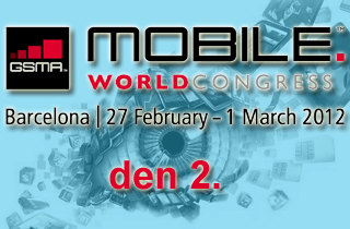 mwc2012d2_320