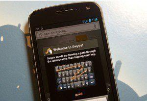 Aktualizace klávesnice Swype konečně přináší podporu ICS