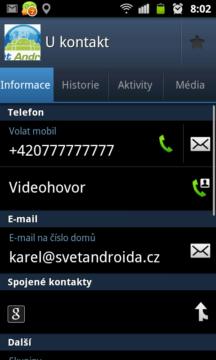 U každého kontaktu jsou pak zobrazena telefonní čísla, e-mailové adresy, důležitá data, adresa, webové stránky, poznámky apod..