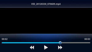 Aplikace Filmy je spartánsky jednoduchá a nabízí jen základní sadu funkcí.