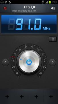 FM Rádio nahradí rozhlasový přijímač.