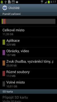 11,35 GB systém prezentuje jako interní úložiště.