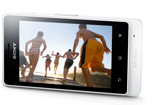xperia-go-message-built-to-outperform