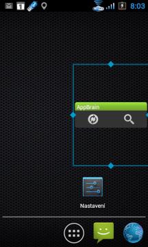 Widget AppBrain v nestandardní velikosti.