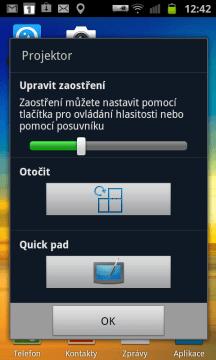 Aplikace, která se zobrazí po spuštění projektoru tlačítkem na boku telefonu