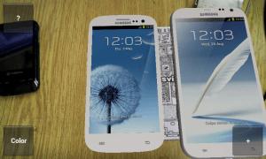 Můžete porovnat dva telefony najednou