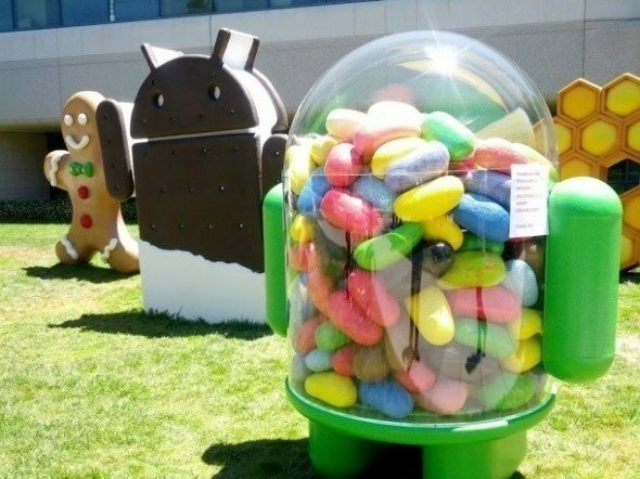 android-jelly-bean-statue-590×442