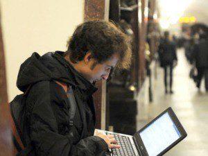 Moskvané si budou moci užívat Internet v metru zdarma
