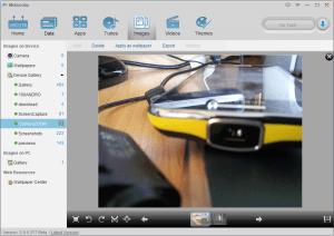 K dispozici je i jednoduchý editor fotografií