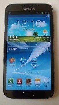 Čelní pohled na Samsung Galaxy Note II