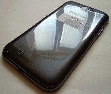 Zadní strana Samsungu Galaxy Note II