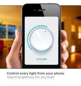 Z telefonu  je možné ovládat a konfigurovat nainstalované žárovky
