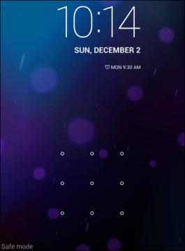 Nouzový režim poznáte podle textu safe mode v levém dolním rohu obrazovky