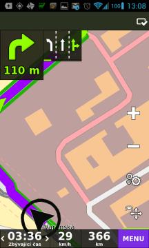 Černá šipka - navigace má dostatečný signál GPS/GLONASS