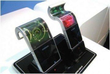 Poprvé bude k vidění funkční vzorek telefonu s flexibilním displejem