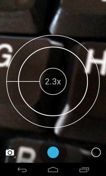 Digitální zoom aktivujete gestem
