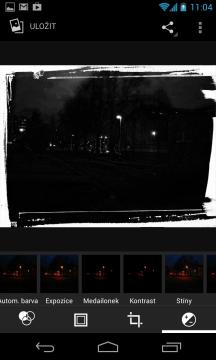 Fotky lze editovat v poměrně pokročilém editoru
