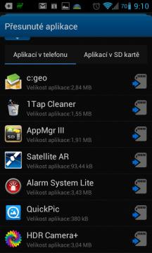 Aplikace, které je možné přesunout na kartu
