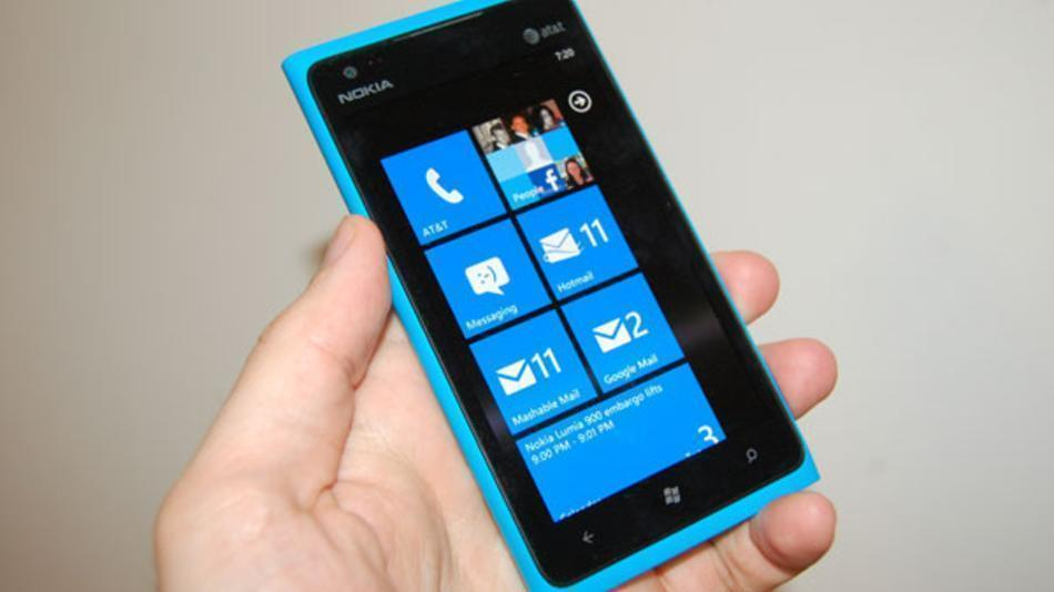 nokia-lumia-900-best-windows-phone-ever-review–491ed1a901