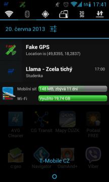 O tom, že aplikace běží, informuje ikona v notifikacích