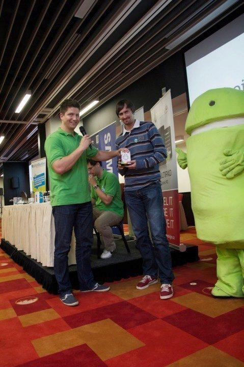 Být VIP návštěvník se skutečně vyplácí. Jeden z Prémium uživatelů od nás dostává androidí mini PC.
