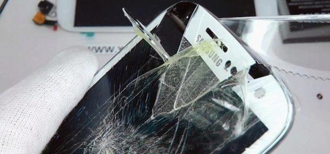 replace-cracked-screen-your-samsung-galaxy-s-iii.w654