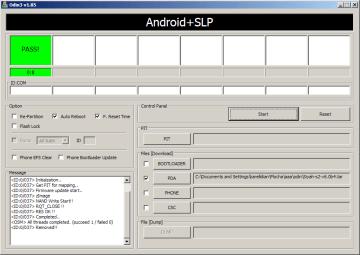 Rootnutí dokončeno, telefon je restartován (na snímku je starší verze ODINu)