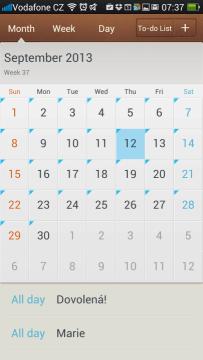 Kalendář: měsíční pohled