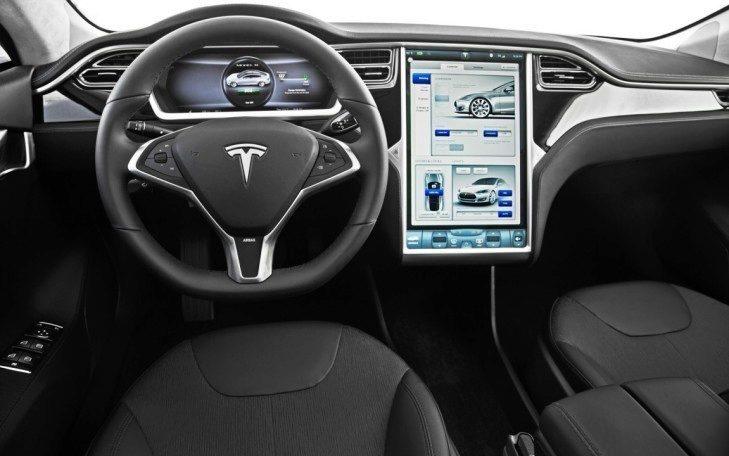 2013-Tesla-Model-S-interior-2