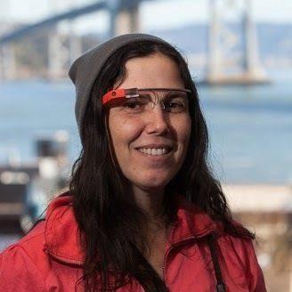 Cecilia Abade - první člověk s pokutou za řízení s Google Glass