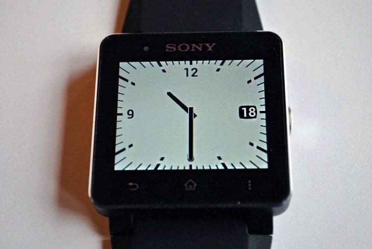 Sony SmartWatch 2 - dostupne ciferniky