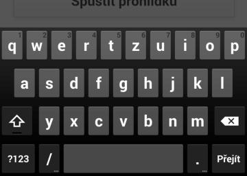 Výchozí klávesnice z Androidu 4.4