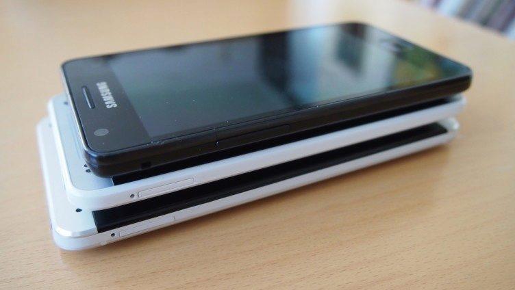 HTC One Mini - porovnání velikostí 2