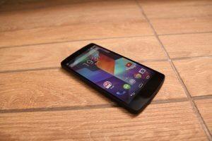 Nexus 5 pohled 3