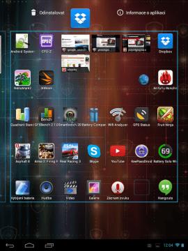 Tahem ikony k horní hraně lze aplikaci odinstalovat či zobrazit informace