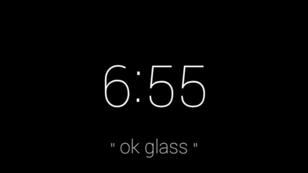 Google Glass uvodni obrazovka
