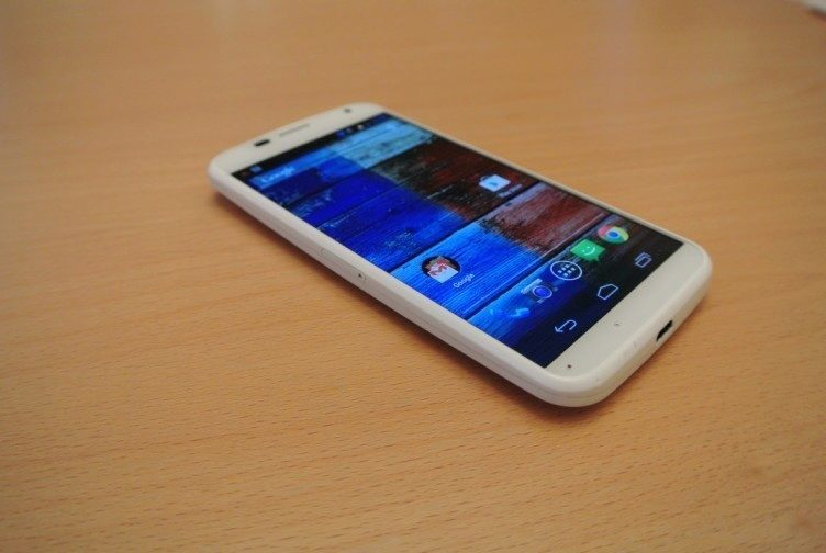 Motorola Moto X -  display úhel